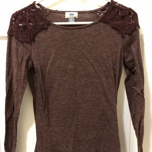 Long sleeve burgundy shirt